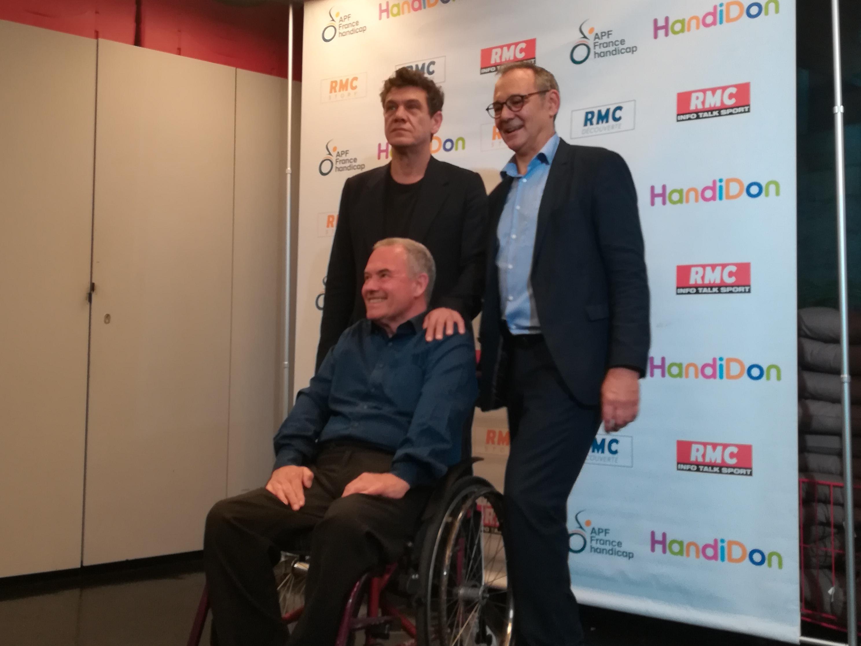 Marc Lavoine aux côtés d'Alain Rochon et Prosper Teboul pour le lancement de Handidon