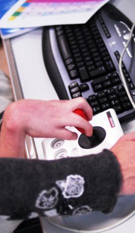Visuel pour Le numérique avec APF Lab-le Hub