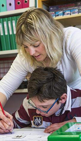 Visuel pour Éducation et scolarité