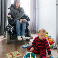 Visuel pour Parents en situation de handicap, répondez à notre enquête sur la PCH Parentalité